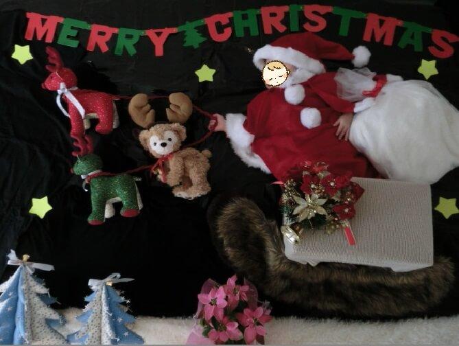 サンタさんになってクリスマスを可愛く楽しく盛り上げよう♪クリスマス寝相アート